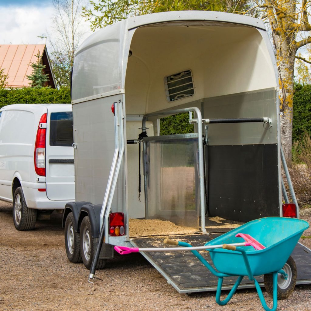 Horse Trailer Guides