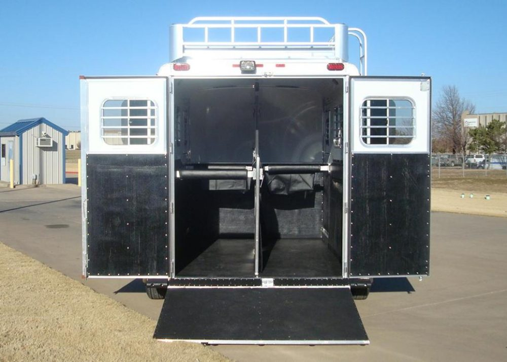 Straight Load Horse Trailer